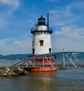 Lighthouse Daytime cropped